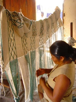 Weaving the Verde hammock