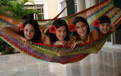 One Queen Size Mayan holds 4 princesses!